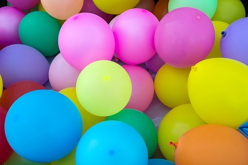 coloured balloons for parties at the bowls club